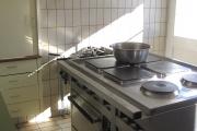 Küche mit grossem Herd